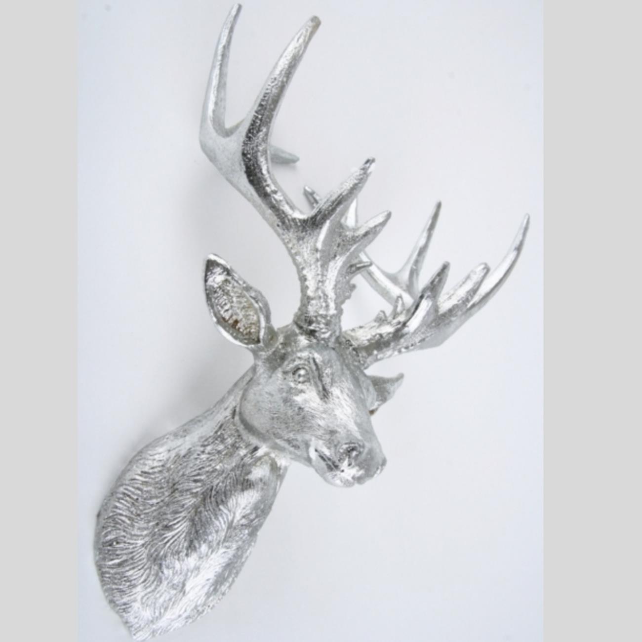 Silberne wand wohnzimmer dekoration silber deko weiss for Silber deko wohnzimmer