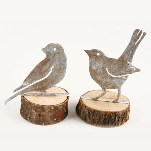 vogel figuren stehend auf holzscheibe 2 modelle h 13 5cm. Black Bedroom Furniture Sets. Home Design Ideas